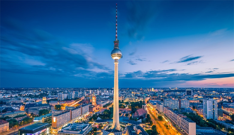 Berlin_Fernsehturm_bei_Nacht