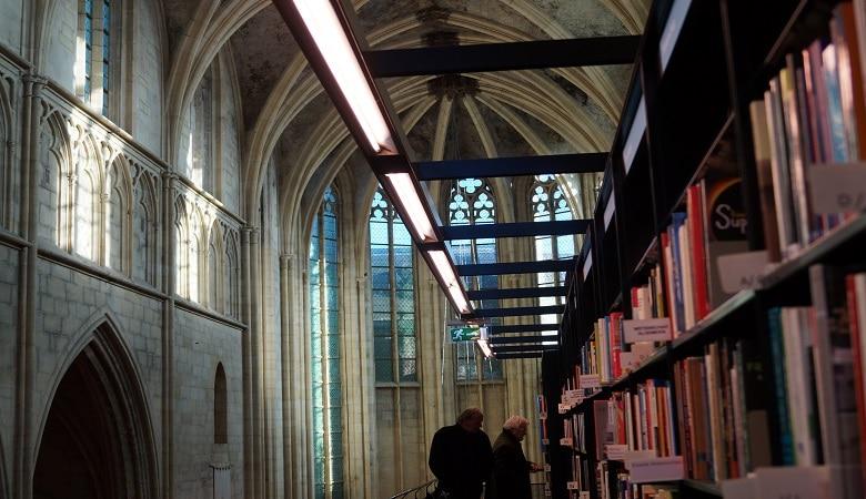 Dominikanerkirche Maastricht Buchhandlung