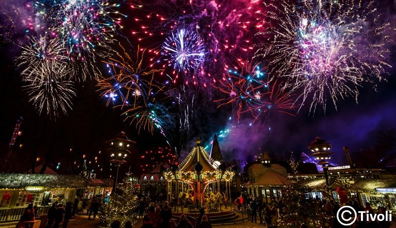 Weihnachtsmarkt Dänemark Tivoli Feuerwerk
