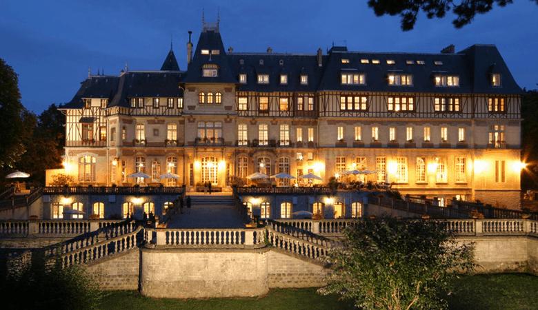 Romantischer Kurzurlaub - Das Schlosshotel Château de Montvillargenne - Romantikurlaub
