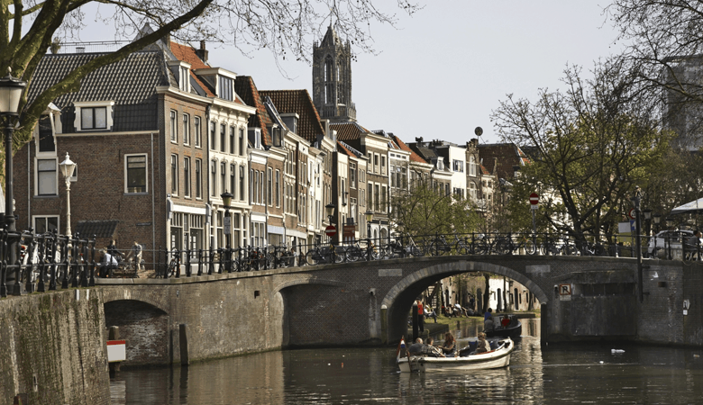 Romantischer Kurzurlaub - Utrecht Grachten Bootsfahrt - Romantikurlaub