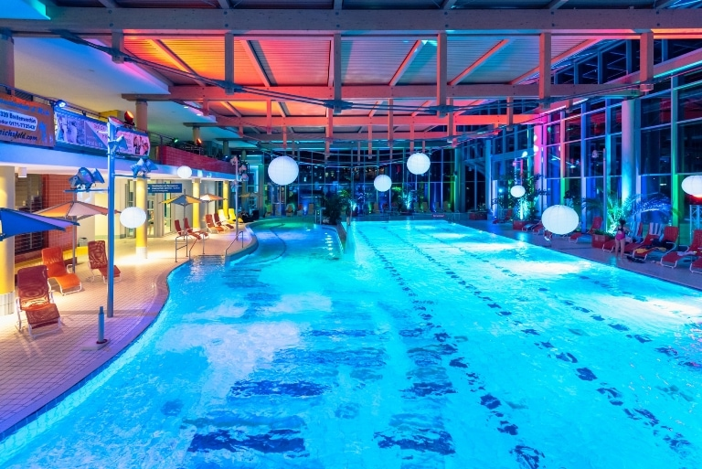 Die 10 besten hotels mit schwimmbad in deutschland for Hotel dusseldorf mit schwimmbad