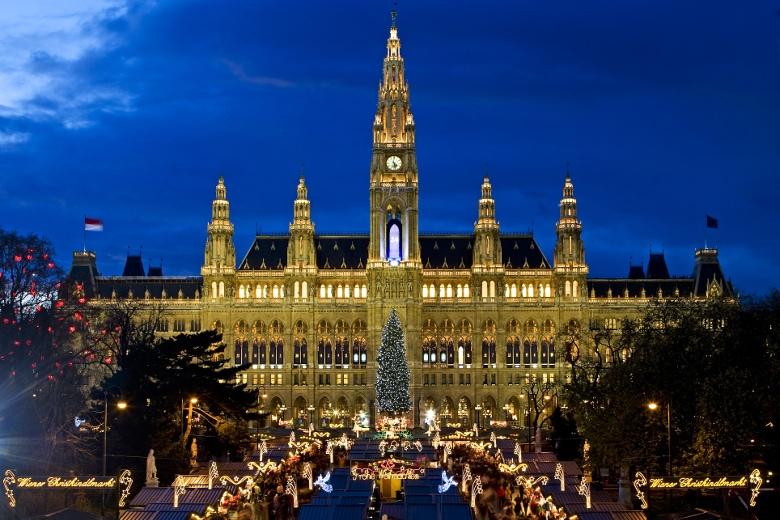 Weihnachtsmarkt Wien - Wiener Christkindlmarkt am Rathausplatz